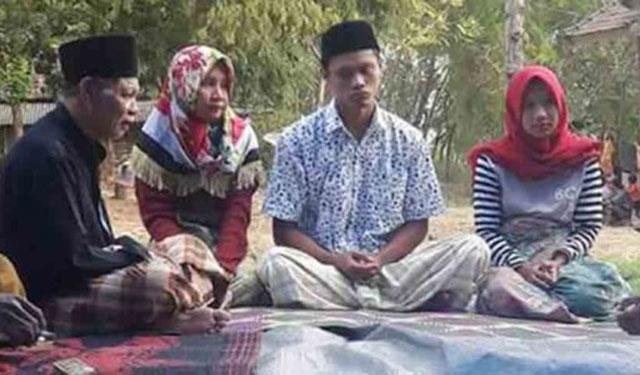 Senum Pemuda Lombok Menikahi 2 Pacarnya Sekaligus