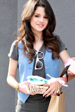 Golf La Prairie >> Selena Gomez Hot & sexy Disney Star bikini pics | South Gallari