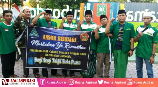 Ramadhan Berkah, PAC Ansor Situbondo Berbagai Seribu Ta'jil