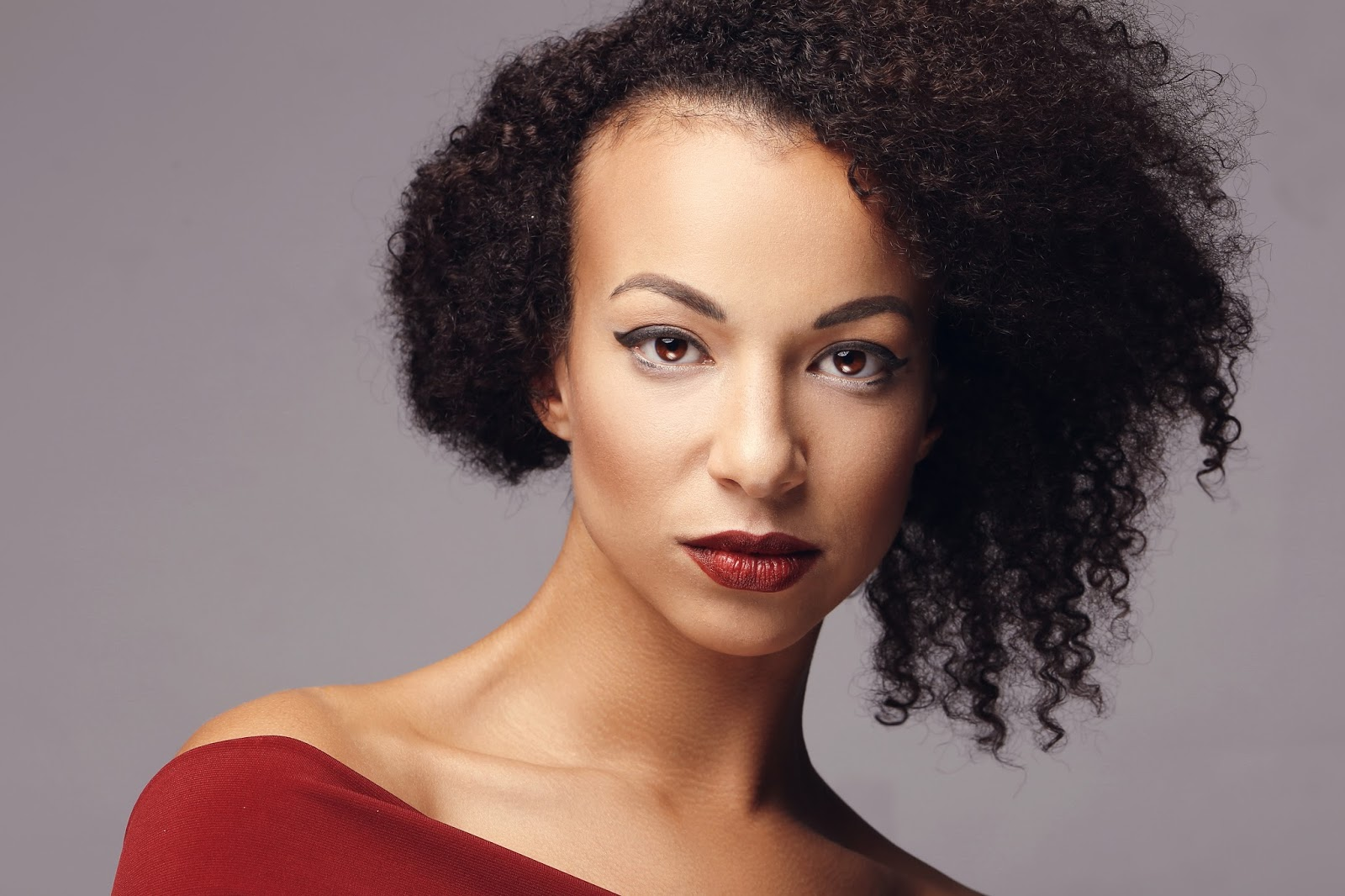 Thinning Hair & Hereditary Hair Loss: Concerns For Black Women