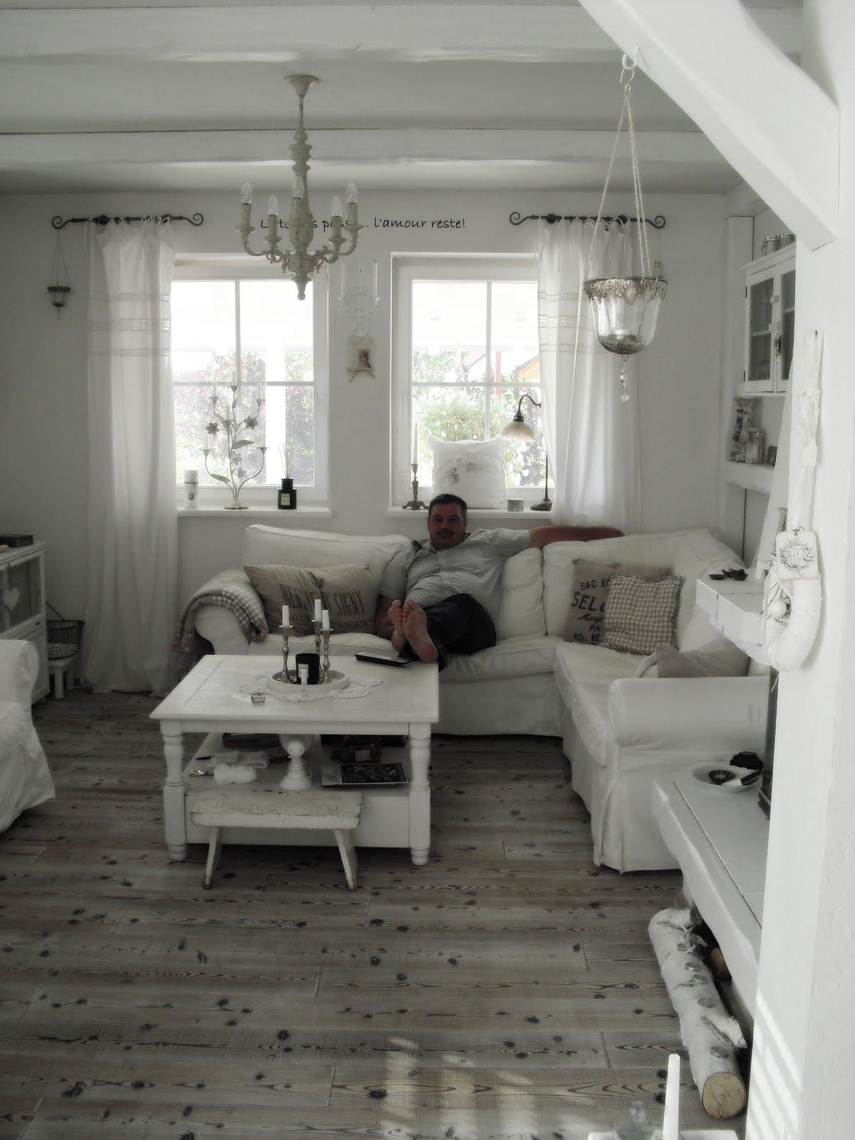 shabby landhaus oktober 2011. Black Bedroom Furniture Sets. Home Design Ideas