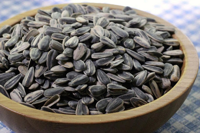 Seeds and nuts: Nutritious snacks for Tet holiday 3