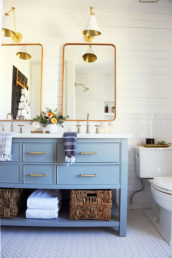 Cottage and vine friday link love for Small family bathroom design