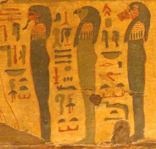 imiona bogów hieroglify