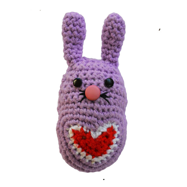 Free Amigurumi Crochet Pattern - Love Heart Bunny Rabbit
