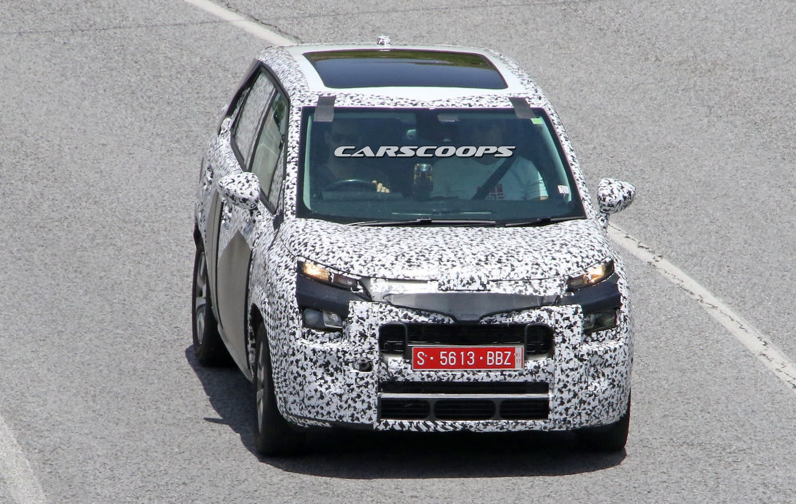 2017 citroen c3 picasso almost ready to enter the. Black Bedroom Furniture Sets. Home Design Ideas