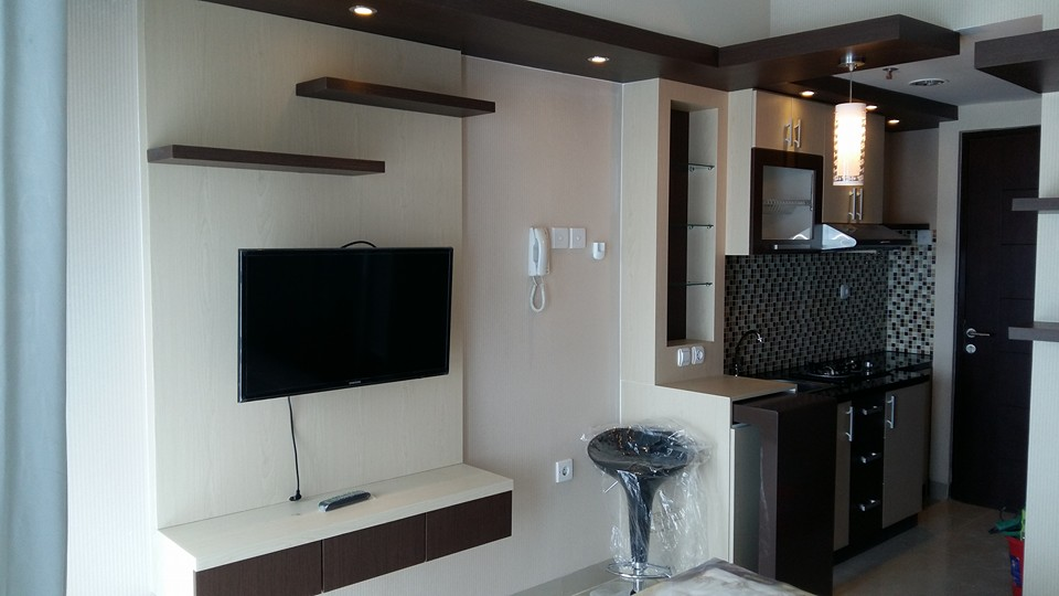 Gambar interior apartemen type studio infinity interior jakarta Kitchen set di jakarta design center