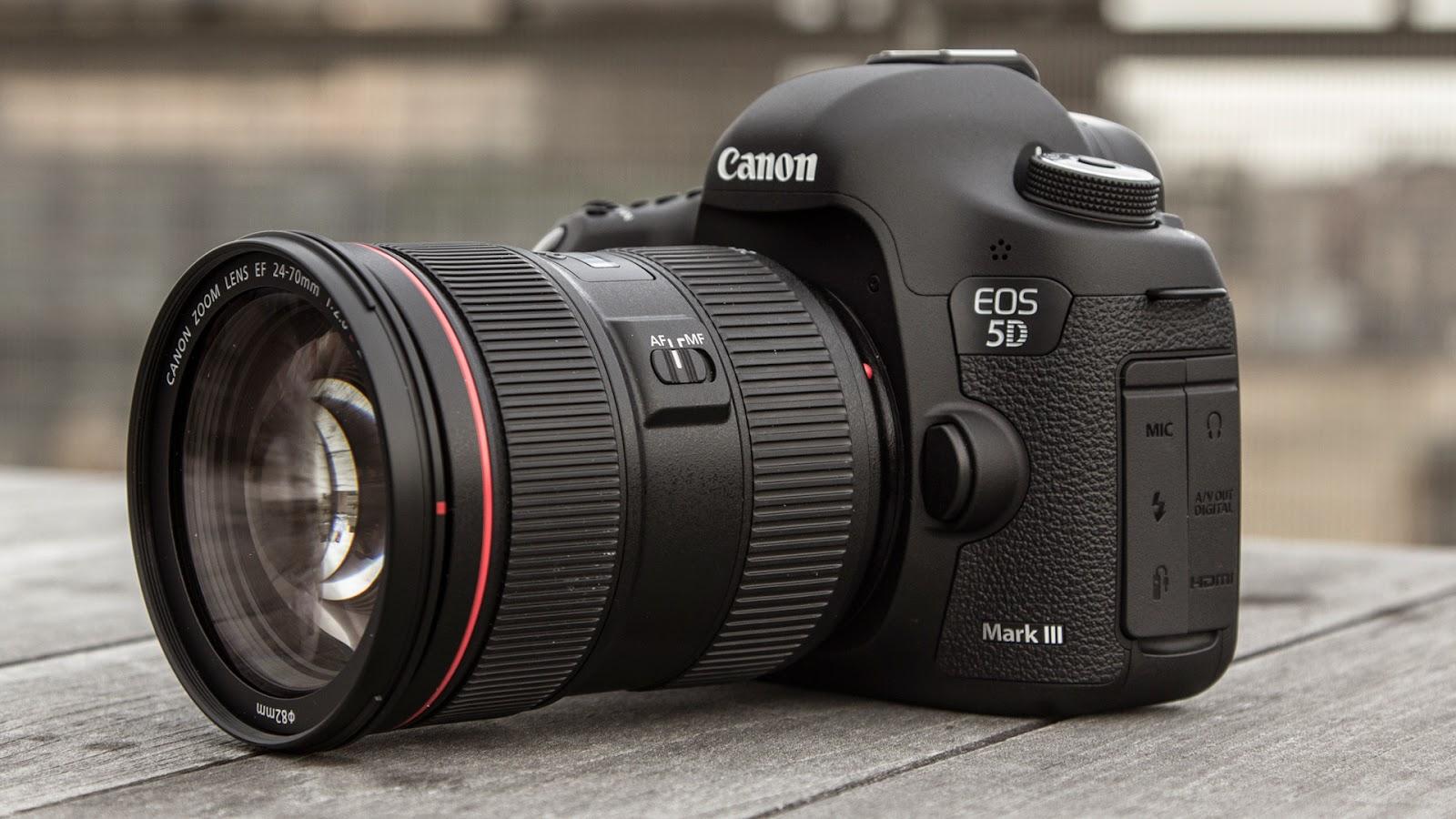 كاميرا كانون Canon EOS 5D Mark III