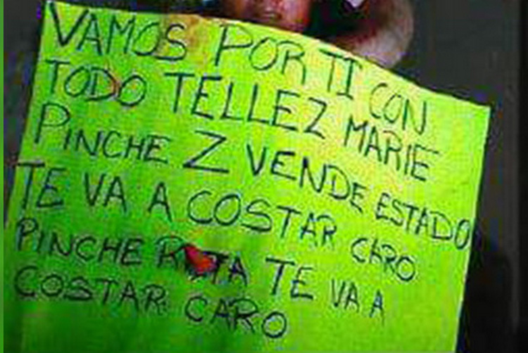 Aparece mujer ejecutada con amenaza para Téllez Marie jefe de SSP en Veracruz.