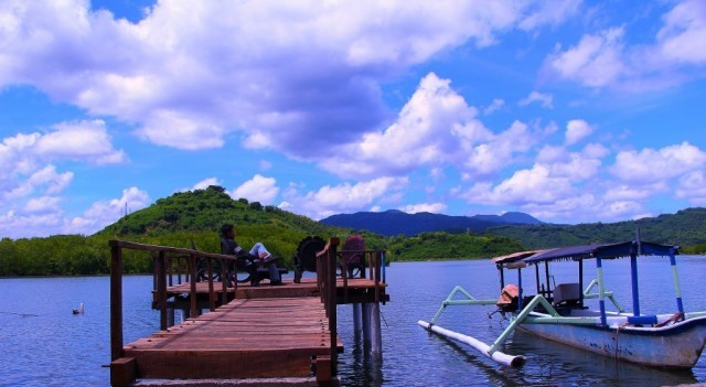 Berziarah Di Lombok? Kamu Bisa Datangi Makam Keramat Cemare