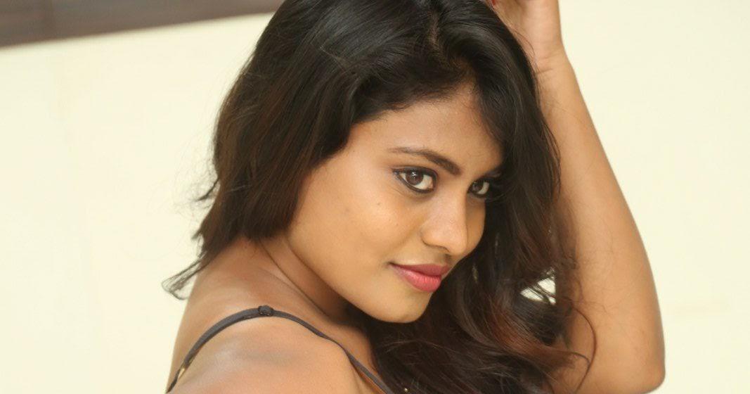 Priyanka Augustin Hot Navel Show Photos In Blue Saree