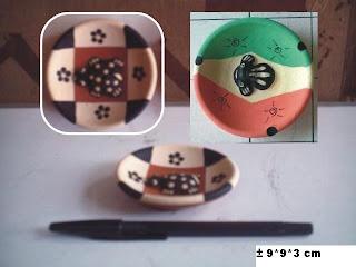 souvenir piring bulat