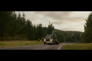 Sinopsis Film Pete's Dragon (2016)