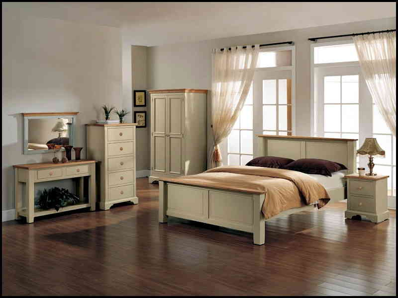 Solid Wood Bedroom SetsNatural Interior Design Solid Wood Bedroom Sets For  The Romantic