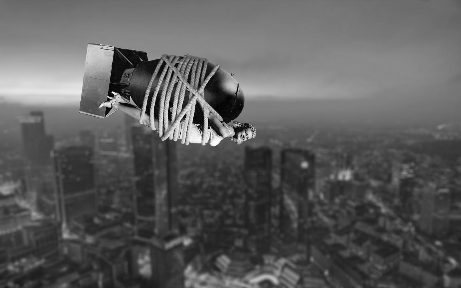 Falling Atomic Bomb | www.pixshark.com - Images Galleries ...
