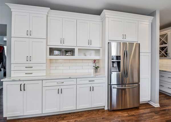 beyaz-mutfak-dolapları