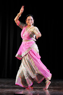 Artist Shruti Gupta Chandra Performing on Yashodhra