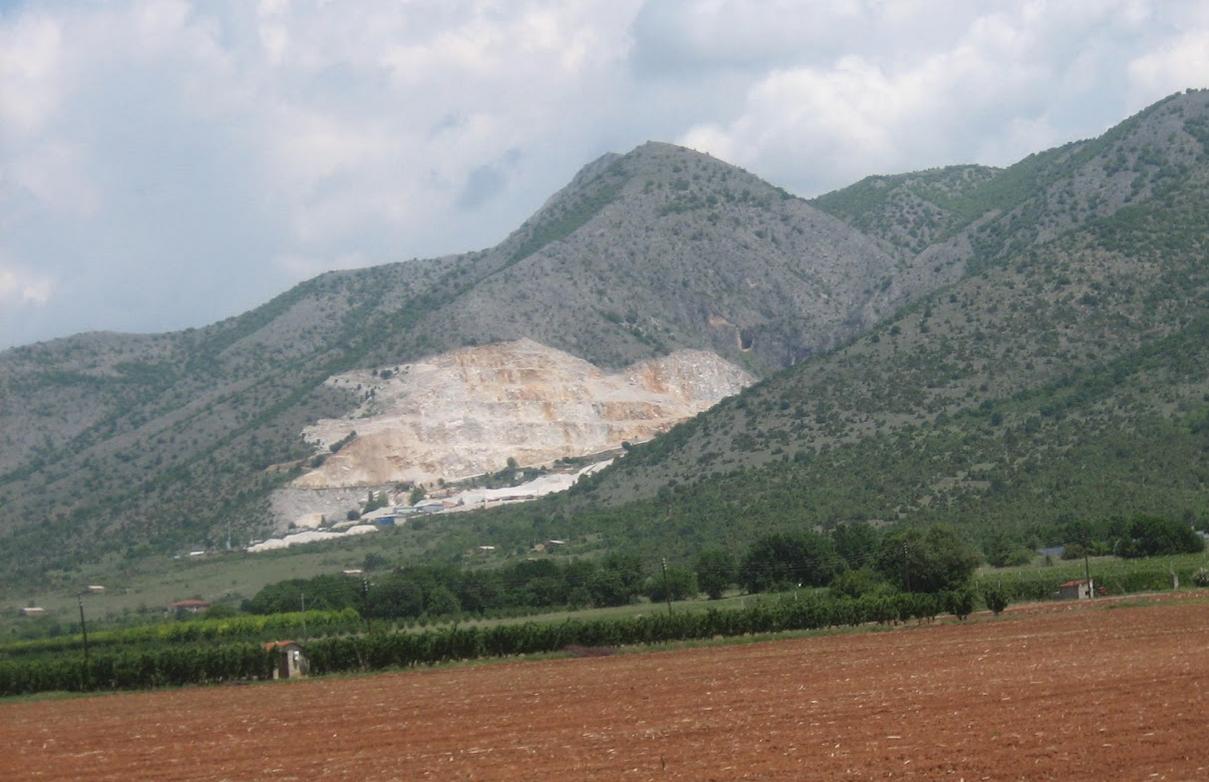 Μεγάλη κλοπή σε καλώδια χαλκού στο λατομείο του Δήμου Καστοριάς – Πάνω από 50.000 ευρώ η ζημιά