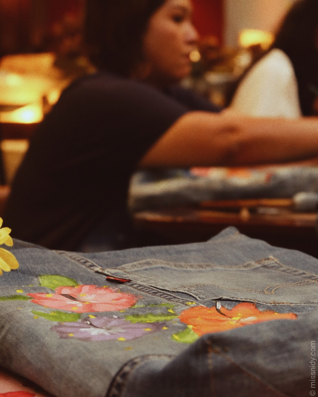 melukis di atas kain jeans levi's indonesia