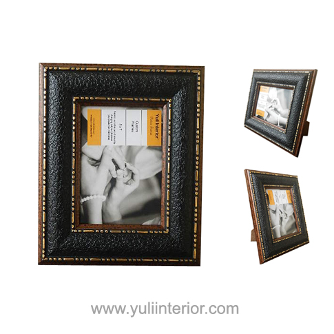 Gold, Black, Easel Back, Picture Frames In Port Harcourt, Nigeria