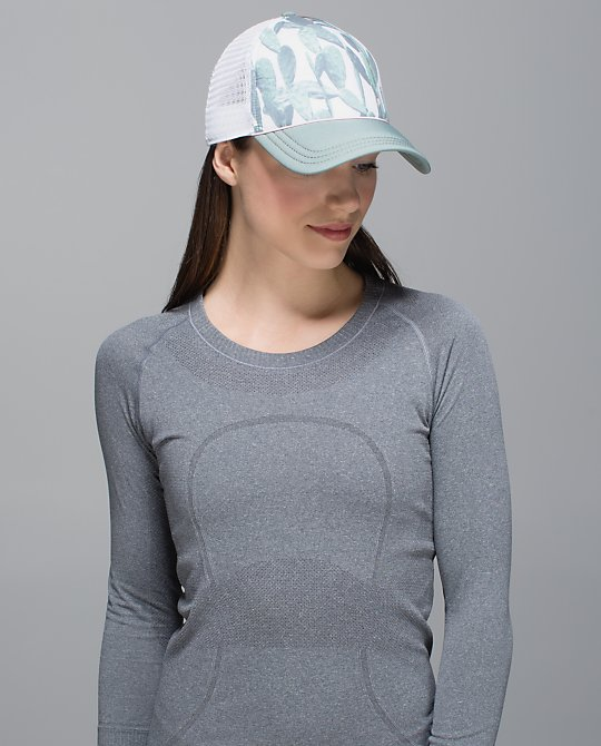 lululemon sup hat pear