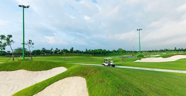 Quang cảnh tại sân tập Golf Vinhomes Riverside Long Biên