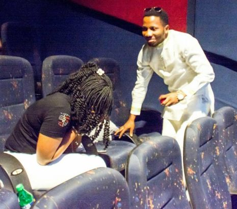 Pastor Proposes To His Girlfriend At The Cinema In Warri ( Photos ) 22308944_1211643138937277_3101770413948249812_n-465%C3%97410