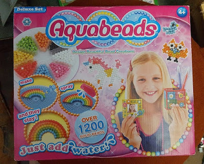 Aquabeads Deluxe Set Review - Aquabeads for boys!