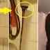لاحظت تأخر ابنتها في الحمام فوضعت كاميرا مراقبة.. وما اكتشفته كان مفاجئاً الأم في صدمة بعد أن اكتشفت ما يحدث... ونشرت صورة ابنتها الصغرى وهي تقلد أختها الأكبر