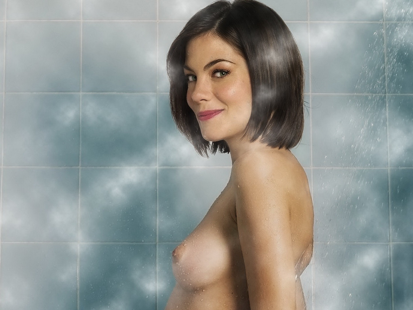 Michelle monaghan showering amp soaping her big tits 9