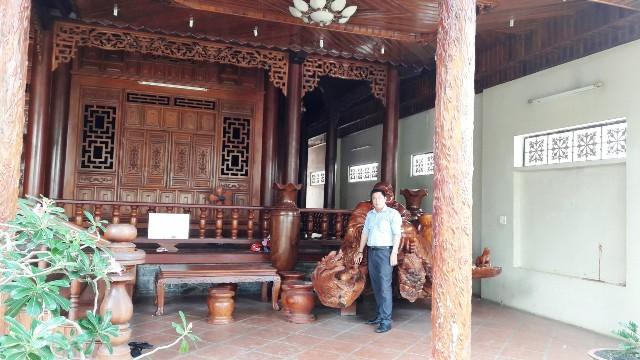 Biệt thự - Nhà bằng Gỗ Hương mặt tiền quốc lộ 1A trung tâm huyện Trảng Bom Đồng Nai