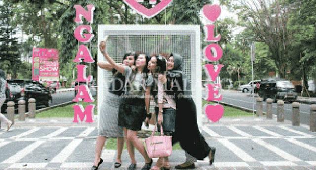 """""""Ngalam I'm in Love"""" Gembok Cinta versi Kota Malang"""