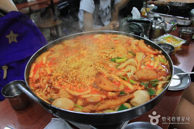 Tteokbokki - koreańskie kopytka