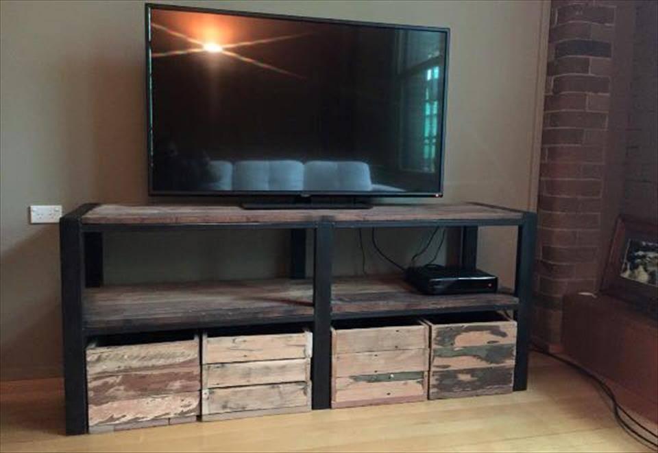 20 Diy Handmade Simple Pallet Tv Units Home Decor