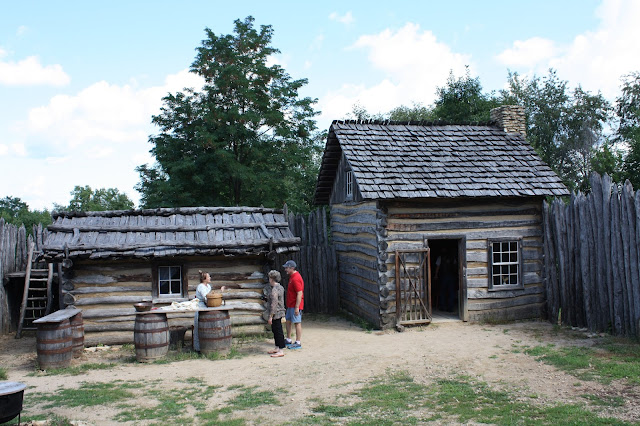 Interpreters bring Illinois frontier life alive at Apple River Fort.