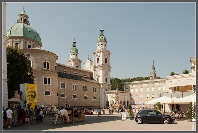 Salzburgo Resindenzplatz