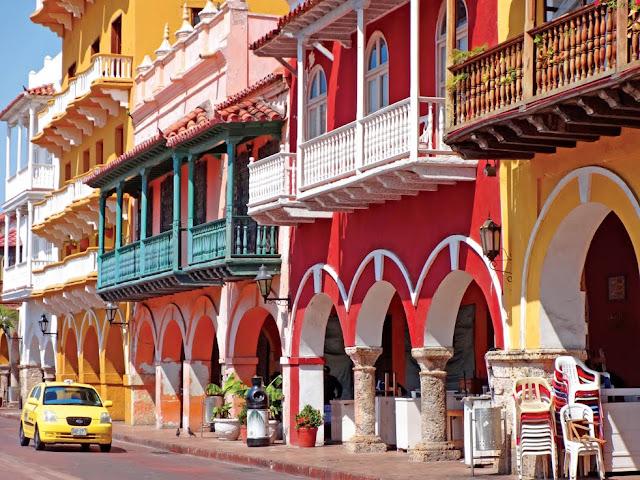 Η πολύχρωμη γοητεία της Καρταχένα στην Κολομβία (βίντεο)