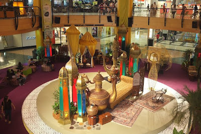 7 dekorasi hari raya yang meriah di shopping mall utama