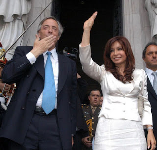 Los Kirchner, una vida dedicada a unos ideales políticos. 1