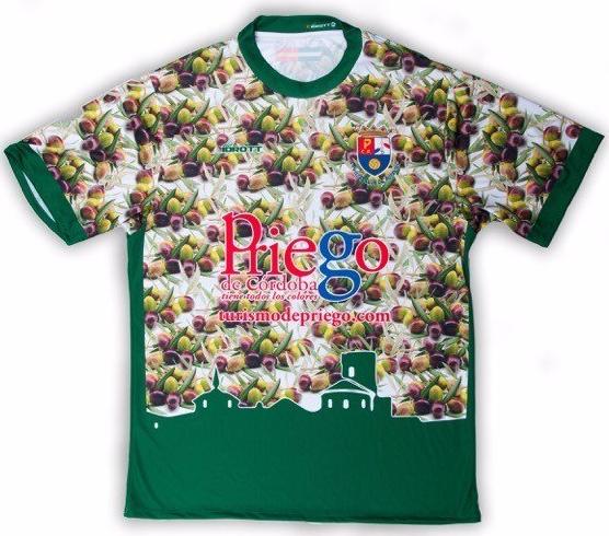 efe8c7772e Priego CF divulga sua camisa de azeitonas - Show de Camisas