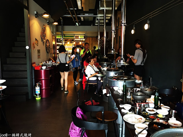 IMG 4322 - 【台中美食】好想念韓國的燒肉啊!!!『一桶韓式燒烤』讓你重溫韓國燒肉的舊夢阿!!!@一桶@韓式燒烤@油桶燒烤@烤蛋@起司@五花肉