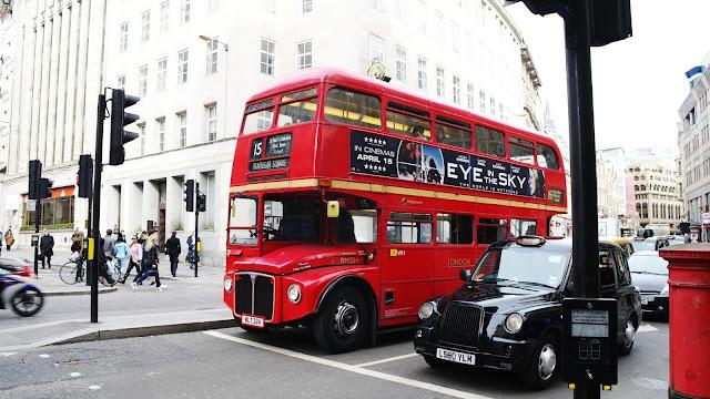 Bus et taxi Londoniens