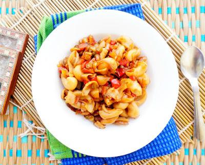 chinese Macroni,pasta