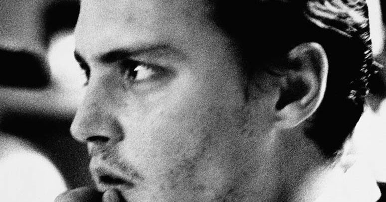 Um Novo Dia é Uma Página Em Branco Na Sua Vida Escreva: :) O Teatro Da Vida :(: Olhares Mágicos #1: Johnny Depp Em