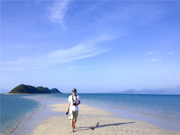 Con đường mòn trên biển nổi tiếng ở Điệp Sơn.