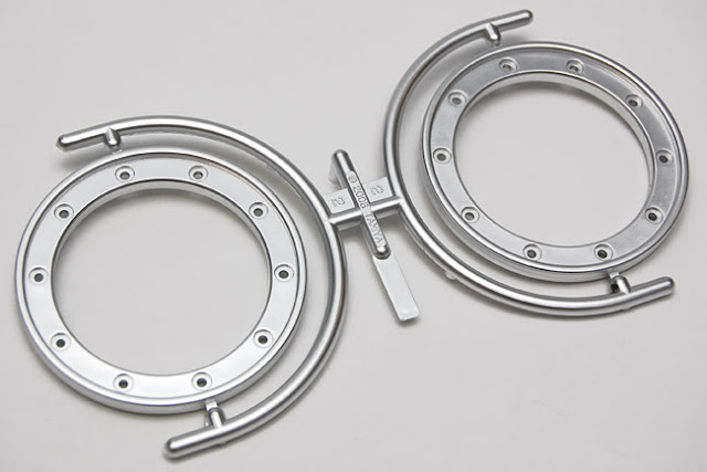 Tamiya CR-01 Toyota Land Cruiser beadlock rings