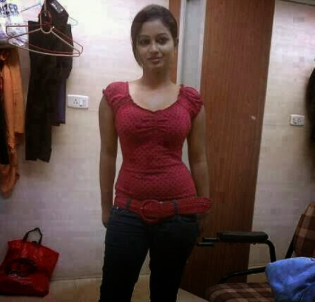 desi aunty chut and breast showing