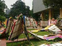 Karangan Bunga untuk Ahok Disapu Hujan-Angin, Marissa Haque: Alam Bongkar Kebohongan Bunga Ini