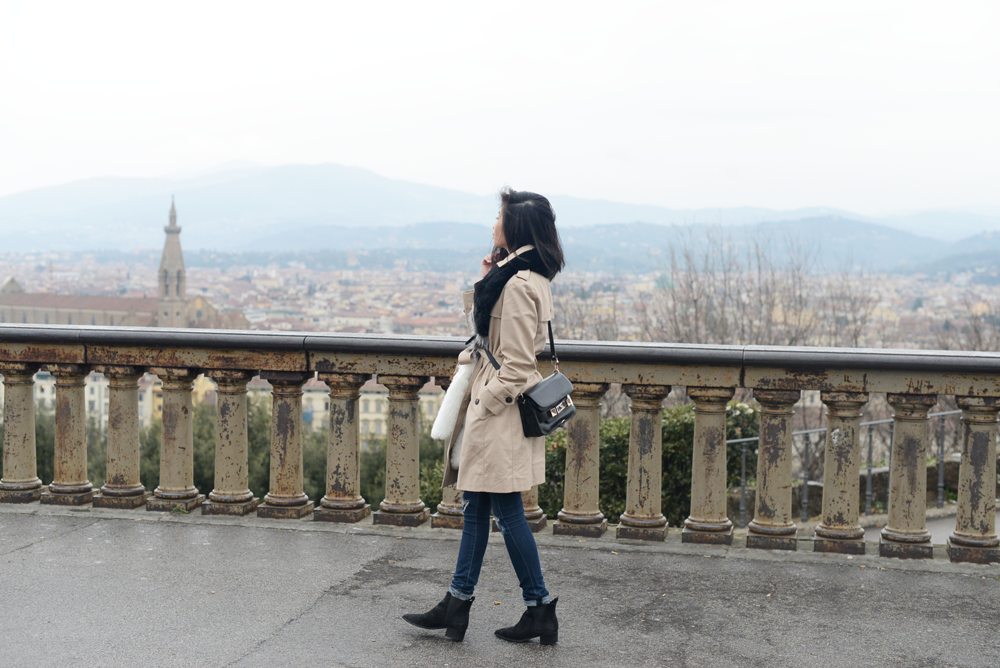 Faux Fur Scarf with Trench Coat in Florence, Italy / FOREVERVANNY.com