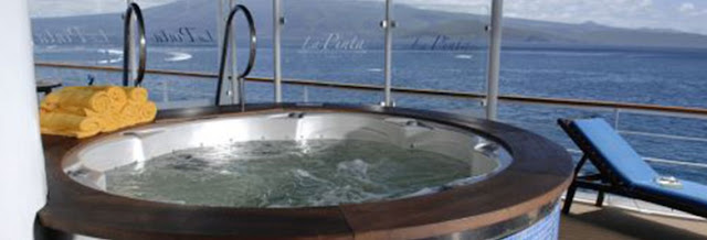 galapagos cruise luxury